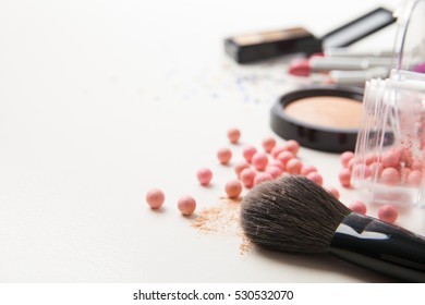 Brush and cosmetics