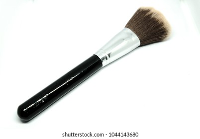 Brush for facial