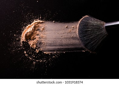 Brush for make-up and shadows on black