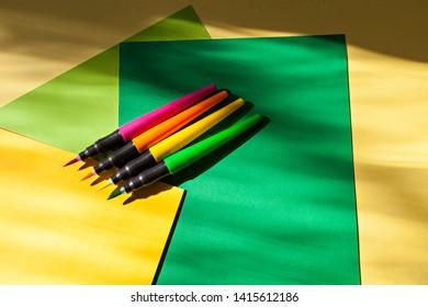 Brush Pen Set Marker Pen Soft Tip Colour Brushpens Calligraphy Finecolour Brushes on colorful papers
