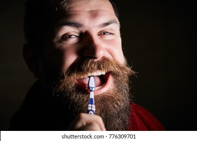 Brush teeth with quality toothbrush and do not go to the dentist. Dental doctor recommends using floss and high-quality toothpaste, your smile will be charming and you will not need teeth whitening.