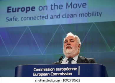 Brussels, Belgium. 17th May 2018. Press statement by EU Commisioner Miguel Arias Canete on the third 'Europe on the Move' package for a safe, connected and clean mobility