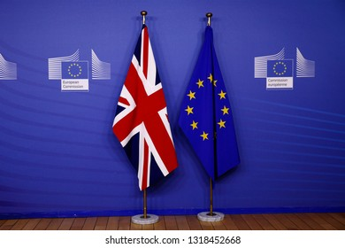 Brussels, Belgium. 20th Feb. 2018.European union flag and flag of the UK at the EU Commission headquarters.