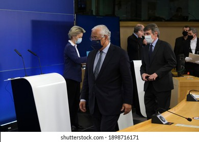 Brussels, Belgium. 20th January 2021. Prime minister Antonio Costa, President of Parliament David Sassoli and EU Commission President Ursula von der Leyen give a press conference at the EU Parliament.