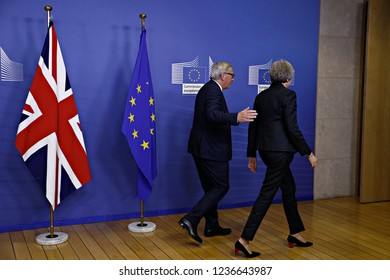 Brussels, Belgium. 21st Nov 2018. Meeting between Prime Minister of the United Kingdom Theresa May and European Commission President Jean-Claude Juncker at the EU Commission headquarters.