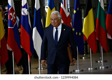 Brussels, Belgium. 25th Nov 2018. Prime Minister of Portugal Costa arrives to attend in an extraordinary EU leaders summit to finalise and formalise the Brexit agreement.