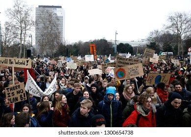 Brussels, Belgium. 31st January 2019. High school and university students stage a protest against the climate policies of the Belgian government.