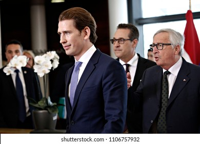 Brussels, Belgium. 6th June, 2018.Austrian Chancellor Sebastian Kurz and President Jean-Claude Juncker pose for a family photo with members of the Austrian government and of the EU Commission