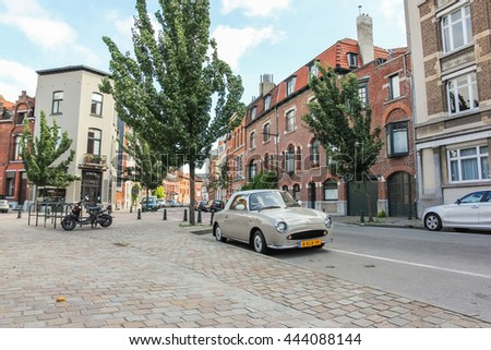 18d6559893 BRUSSELS BELGIUM August 17 2013 Old Stock Photo (Edit Now) 444088144 ...