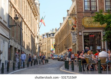 Brussels, Belgium - June 5 : Corner of Rue du Chene and Rue de l'Etuve, opposite the Manneken Pis, Brussels, Belgium on June 5, 2015