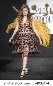 """BRUSSELS,BELGIUM,FEBRUARY 5: Fashion show on the catwalk during the exhibition """"Salon du chocolat"""" on February 5, 2016 in Brussels, Belgium"""