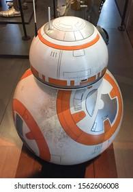 Bruxelles / Belgium - 08 21 2018 : Star Wars BB8 Droid bb-8 Star-Wars Identities Exhibition StarWars