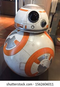 Bruxelles / Belgium - 08 21 2018 : Star Wars BB-8 Droid bb8 StarWars Identities Exhibition