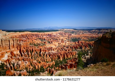 Bryce Canyon Amphitheater view in Bryce Canyon National Park