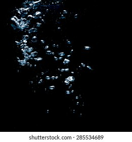 bubbles water on dark background with text space