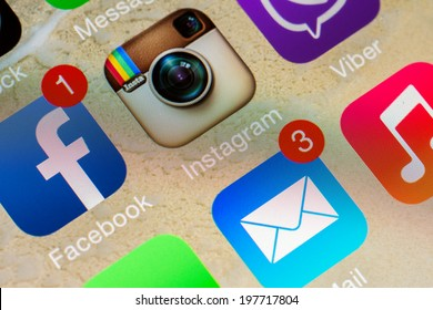 BUCHAREST, ROMANIA - JUNE 07, 2014: Social Media Applications Icons Of Facebook, Instagram And Viber On Apple iPhone 5S. Social Media Is One Of The Most Utilized Functions Of Modern Smartphones.