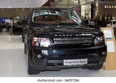 Classic Land Rover Images, Stock Photos & Vectors | Shutterstock