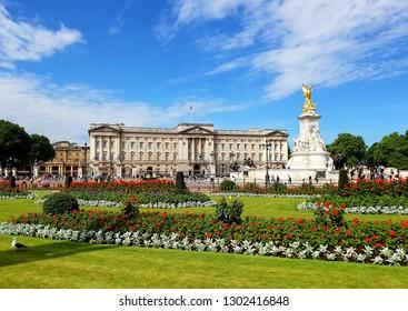 Buckingham palace in Summer