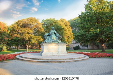 Budapest, 12 august 2017: Beautiful view of the monument to Empress Sisi in Budapest, Hungary in august 2017