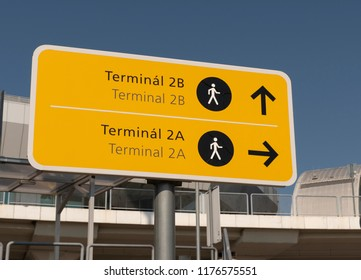 Budapest Airport terminal signs 2a and 2b