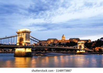 Budapest Chain Bridge at dusk