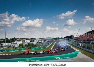 Budapest, Hungary. 01-04/08/2019. Grand Prix of Hungary. F1 World Championship 2019. Start of the race with Max Verstappen, Red Bull, leading the group of cars.