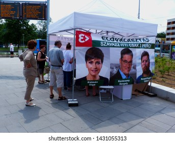 Budapest, Hungary - 06.22.2019: Mayoral pre-election voting booth. translation: pre-election. Vote here! It takes only 3 minutes! candidates: Olga Kalman, Gergely Karacsony & Gabor Kerpel. Pre-poll.