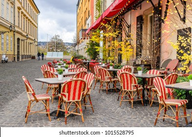 BUDAPEST, HUNGARY- 28 OCTOBER 2017: Tourist streets in Budapest Hungary