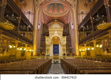 BUDAPEST, HUNGARY - JUNE 16, 2015: Interior of the Great Synagogue in Dohany Street. The Dohany Street synagogue is the largest synagogue in Europe.