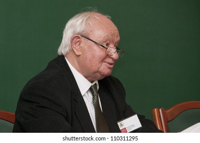 BUDAPEST, HUNGARY - MAY 13: Professor Emeritus Imre Katai (ELTE)  speaks on the conference about the future of education on ELTE University on May 13, 2010 in Budapest, Hungary.