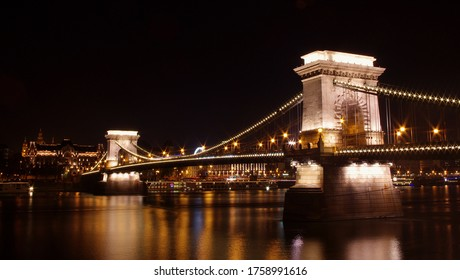 Budapest, Hungary, The Szechenyi Chain Bridge is a suspension bridge that spans the River Danube between Buda and Pest, the western and eastern sides of Budapest.