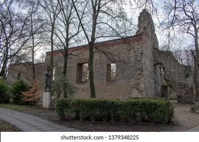 Budapest Margaret island - church ruines