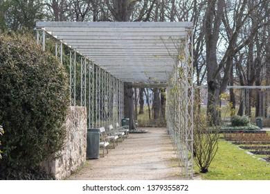 Budapest Margaret island - square flower pavilion