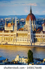 Budapest parliament at sunset lighting