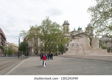 Budapest/Hungary - May 01 2015: Kossuth Memorial, a public monument dedicated to former Hungarian Regent-President Lajos Kossuth in front of the Hungarian Parliament Building on Lajos Kossuth Square.