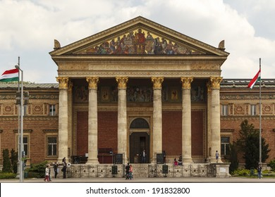 BUDAPEST/HUNGARY - MAY 8: Palace of Arts  in Budapest on May 8, 2014. Palace of Arts is a contemporary art museum built in 1895, in eclectic-neoclassic al style, home for many art expeditions.
