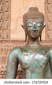 buddha face in vientiane