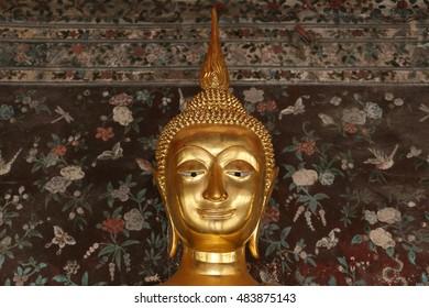 Buddha gold statue