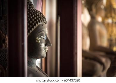 914676633c5 Buddha Head Form Wat Phra Si Stock Photo (Edit Now) 634437098 ...