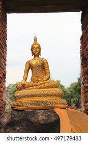 Buddha image ,Wat Phra Si Sanphet ,the most important temple for Ayutthaya royal court ,there were no monks living in the temple.Buddhist sculpture ,Ayutthaya Historical Park,Thailand ,world heritage.