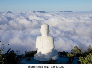 BUDDHA ON BA NA MOUNTAIN, VIETNAM-DECEMBER 17:The buddha statue located at around 1,500 metres above sea level of Ba Na Hills ,it always surround by sea of clouds. December 17, 2012. Danang Vietnam.