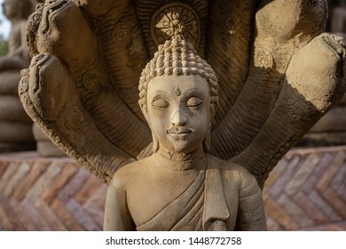 Buddha statue of Buddhism, tourist attractions in Thailand