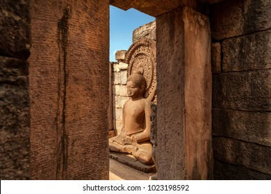Buddha statue in the corridor of Sanchi stupa, Sanchi, Madhya Pradesh, India