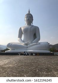 Buddha statue of Phra Phutthabat Doi Shun Temple