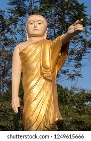 Buddha statue with stretched arm and pointing finger, Naung Daw Gyi Mya Tha Lyaung, Bago, Burma (Myanmar)