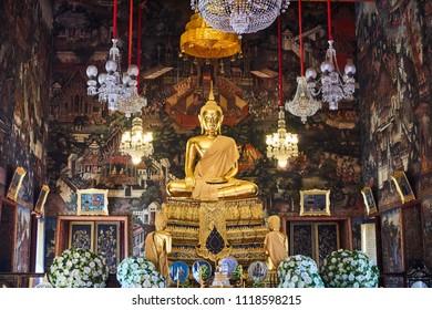 Buddha statue in the temple, Wat Arun, Bangkok, Thailand, 12.01.2018