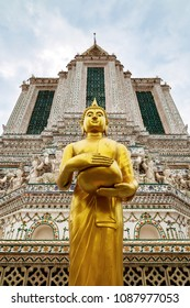 Buddha Statue, Wat Arun, Temple of Dawn, Bangkok, Thailand