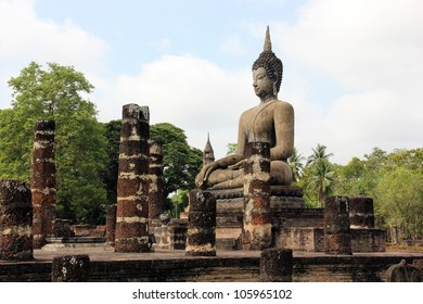 A Buddha statue in Wat Mahathat, Historical Park of Sukhothai, Thailand.