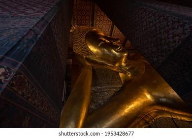 Buddha statue Wat Pho bangkok thailand