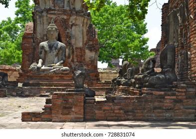 Buddha statues at Wat Mahathat in Ayutthaya, Thailand